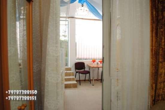 В Гурзуфе гостевой номер в г. Ялта Фото 1