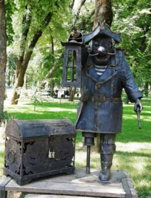 """Скульптура""""Пират"""""""