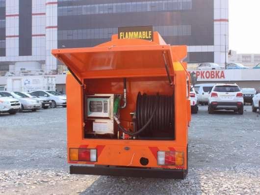 Топливозаправщик 4900 литров, в наличии