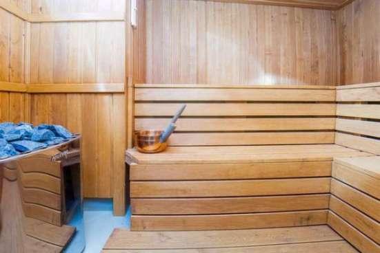 коттедж с банкетным залом в поселке Юкки