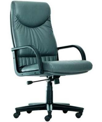 СВИНГ кресло для руководителя пластик