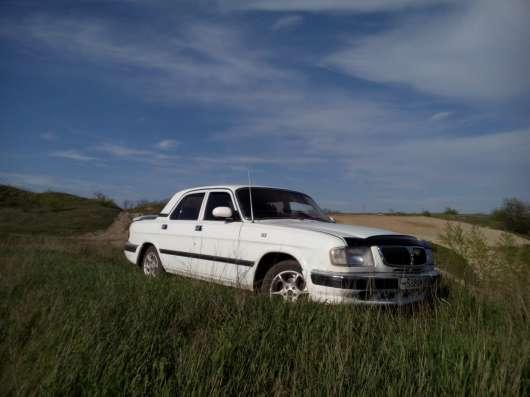Машина ГАЗ 3110, 2001 г. Цвет белый