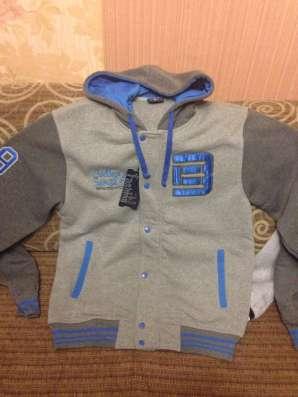 Продам новые куртку бембера  на прохладную погоду