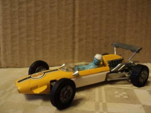 Масштабная модель автомобиля COOPER - MASERATI