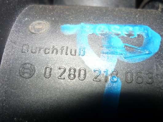 VW Passat B-5+ расходомер воздуха 0280218063