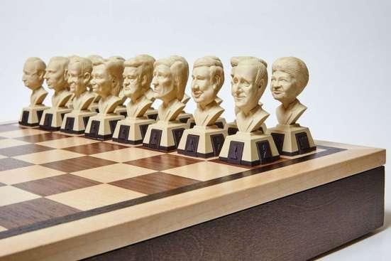 Политические шахматы - идеальный подарок думающему человеку