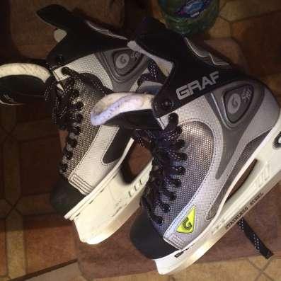 Хоккейные коньки в отличном состоянии размер 42